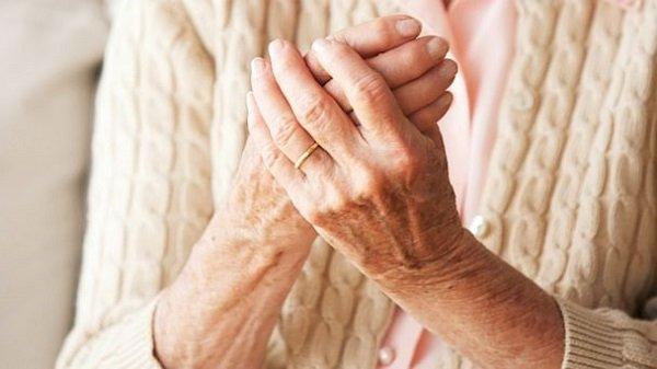 Chữa tê bì chân tay do bệnh nhân tiểu đường: kiên trì sẽ có hiệu quả